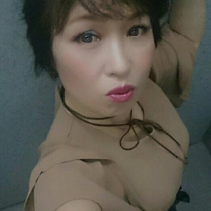 葉子ニャンコの画像