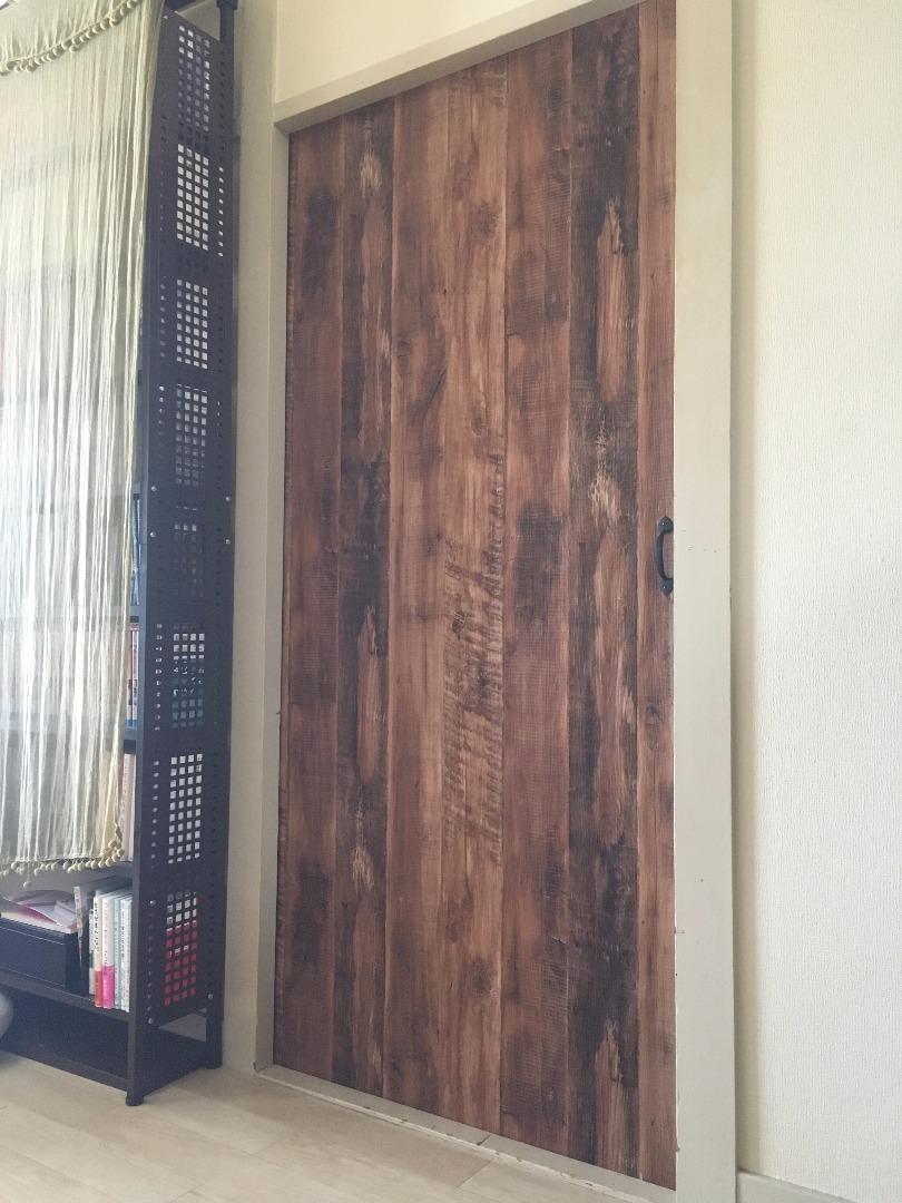 48tomoが投稿したフォト リビングと和室のふすまにリアルな木目の壁紙を生糊で貼ってリメ 17 09 16 13 50 44 Limia リミア