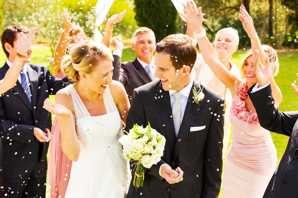 完全版 結婚式のお礼まとめ 主賓や受付のお礼の金額 渡し方は
