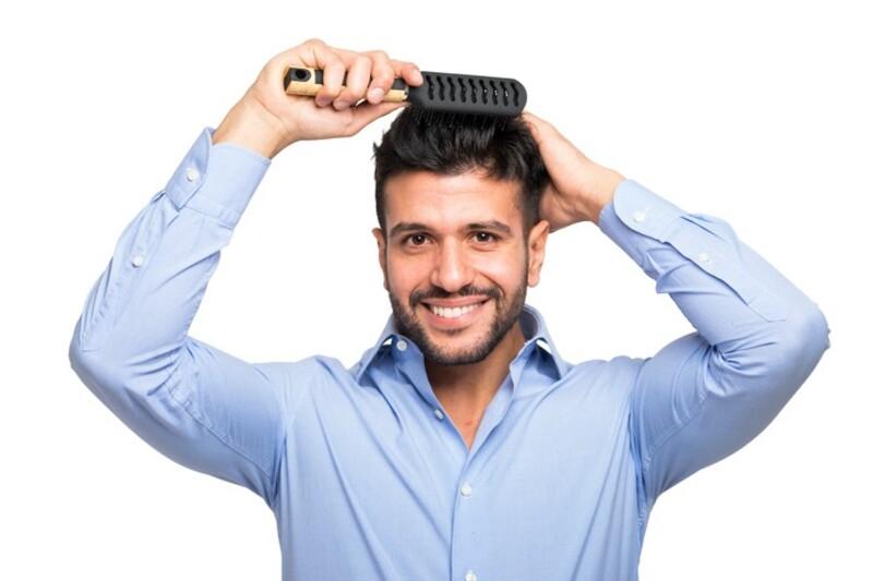 おすすめヘアブラシ12選!美容師ご用達のものからプチプラなものまで♪|LIMIA (リミア)