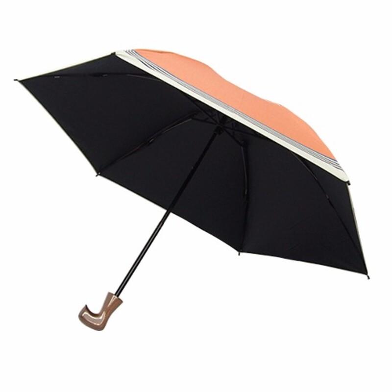無印良品の日傘は、シンプルでナチュラルだけど、甘すぎないデザイン