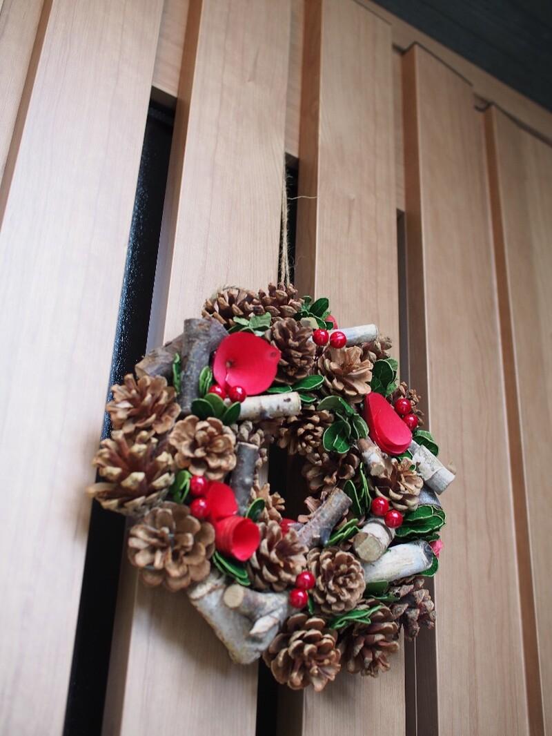 雑貨】マグネットと麻紐で!玄関にリースを飾る◎ limia (リミア)