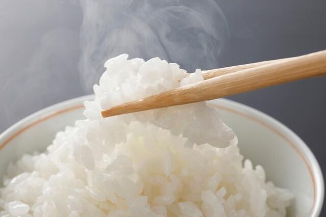 G 合 ご飯 一 お米1合のカロリー徹底調査!1合はお米で約150gご飯で約330g |