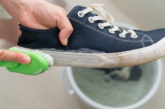 身だしなみはキレイな靴から。靴はどんな手入れが必要? LIMIA