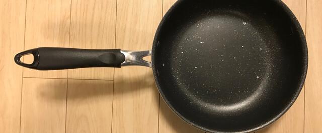 焦げ付き 方 フライパン 取り 鉄のフライパンが焦げ付く原因を知る!正しい手順で家族も笑顔