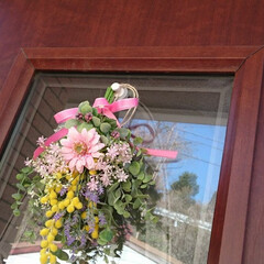 フォロー大歓迎/春/インテリア/玄関ドア/スワッグ/雑貨/... この前購入した新しいスワッグを玄関ドアに…