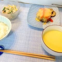 波佐見焼 白山陶器 重ね縞 反角中皿 取皿 正角皿 ケーキ皿 パン皿 和食器 | 白山陶器(皿)を使ったクチコミ「今日の晩ごはん。 チーズのせハンバーグ・…」(1枚目)