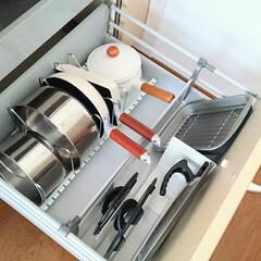 無印良品/鍋の収納/キッチン/住まい/収納 キッチンIH下最下段の引き出しは鍋を収納…(1枚目)