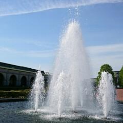 噴水/令和の一枚/おでかけ/旅行/風景/わたしのGW 噴水広場での写真をもう1枚✨ 爽やかな青…