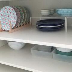 白山陶器 S型スープボール(450ml)&スープスプーン ブルーマット   白山陶器(スプーン)を使ったクチコミ「我が家の食器棚収納。 お皿はセリアのディ…」