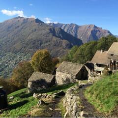 ジブリ/Lago Maggiore/マッジョーレ湖/Ticino/ティチーノ/DIY おじいちゃんのDIY〜手作りの家〜  D…