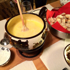 Käsefondue/チーズフォンデュ/フード/グルメ/スイス/Schweiz 【Käsefondue】  そう言えば、…