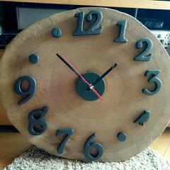 丸太の時計/DIY/北欧インテリア 貰い物の廃材…丸太の切れ端で直径40セン…