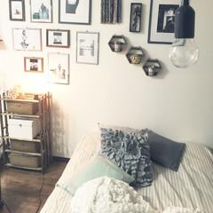 Zara home/エジソンランプ/すのこ棚/すのこ/DIY/雑貨/... 毎日暑すぎですね😵💦 すのこ棚は100均…