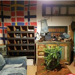 コーデ/おしゃれ/壁/インテリア/DIY/雑貨/... アパートのクローゼット扉が部屋の雰囲気に…