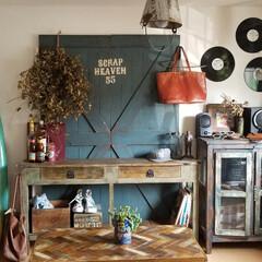 テーブル/ヘリンボーン/6畳/サーフスタイル/レコード/棚 レコードのある暮らし 懐かしいウェッサイ…