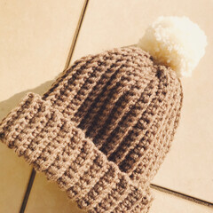 手編み/ニット帽/編み物/フォロー大歓迎/冬/ハンドメイド ポンポンニット帽。  大人でもかぶれるよ…