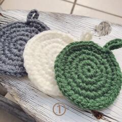 アクリルたわし/手編み/ハンドメイド/キッチン雑貨/雑貨 アクリル毛糸で、エコたわし。 シンプルな…