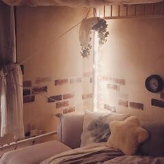 6畳/セミダブル/リラックススペース/お気に入り空間/落ち着く空間/アンティーク風雑貨/... ベッドコーナーの模様替え。  ワイヤーイ…