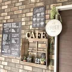 カフェ風インテリア/レンガ柄/壁紙リメイク/壁紙DIY/リミアな暮らし/DIY/... モノトーンインテリアも好きですが カフェ…