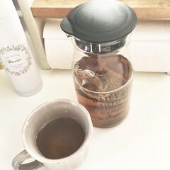 300円ショップ/スリコ/スリーコインズ/モノトーン雑貨/カフェ風雑貨/麦茶ボトル/... おすすめカフェ風雑貨♡  スリーコインズ…