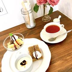 紅茶/アイスクリーム/シフォンケーキ/パンナコッタ/グラススイーツ/デザートセット/... おはようございます♪  昨日、カフェラン…