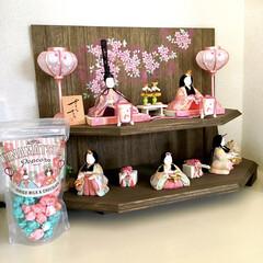 収納スペース/飾り棚/リビング/パケ買い/ポップコーン/お菓子/... 我が家のひな人形です♪  雑貨屋(オフノ…