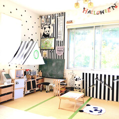 おもちゃ収納/手作りおもちゃ/ハロウィン仕様/パンダ/モノトーンインテリア/キッズスペース/... ハロウィン仕様の畳コーナーです。  リビ…