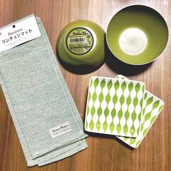 色味統一/グリーン系/カーキ色/角皿/こどものいる暮らし/バンブー食器/... ダイソーで発見♪  ALL108円の食器…