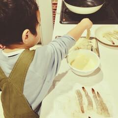 暮らしを楽しむ/こどものいる暮らし/子ども/息子/お手伝い/初挑戦/... 子どもと一緒に料理や おやつ作りをするこ…