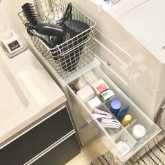 ストック収納/日用品の収納/ppストッカー/洗面所収納/デッドスペース活用/隙間収納/... 我が家の洗面所収納は 洗面台下の引き出し…