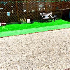 御影石/建売住宅/お気に入り空間/自己流/ラティスフェンス/グリーンのある暮らし/... 3年前に自己流DIYした庭です。  幅9…(4枚目)