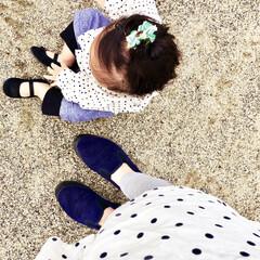 カラーリンク/秋服/ドット柄/おソロコーデ/お揃い/リンクコーデ/... 今日は娘(1歳1ヶ月)の ドット柄ブラウ…