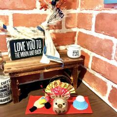 羽子板/富士山/干支の置物/いのしし/編みぐるみ/正月準備/... 玄関の下駄箱上です。  可愛いサプライズ…