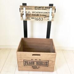 端材/簡単DIY/フック収納/木箱収納/木箱リメイク/木箱/... 簡単DIYアイデアのご紹介♡  おもちゃ…