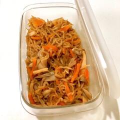 常備菜/つくおき/作り置き/簡単レシピ/落し蓋/煮物/... 週の真ん中になると、 前半で作っておいた…