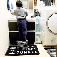 廃材/簡単DIY/便利グッズ/こどものいる暮らし/モノトーンインテリア/リメイクシート/... 我が家のお風呂上がりのひとコマです。  …