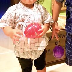 夏祭り/ヨーヨーつり/水風船/モノトーンコーデ/ブルマ/女の子ママ/... 兄(4)の幼稚園の夏祭りに参加した娘(1…