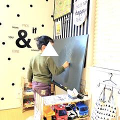 キッズスペース/すのこ棚/DIY女子/チョークボード/黒板ボード/塗っと板チョークボード/... わたしのDIYコンテストに参加します♪ …