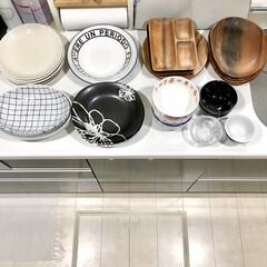 収納見直し/丸皿/食器収納/食器棚/100均収納/おすすめアイテム/... こんばんは♪  最新アイデア記事にて 食…(2枚目)