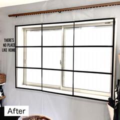 簡単DIY/窓枠風/窓枠/アイアン風/ペイントDIY/ダイソーDIY/... こんばんは♪  先日、新作のDIYアイデ…