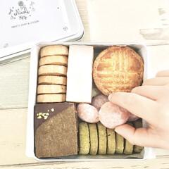 アイシングクッキー/出産祝い/クッキー缶/ピンク/ハンドメイド/暮らし アイシングクッキー作家の友人が 出産祝い…