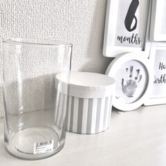 キッチンキッチン/花瓶/フラワーベース/シンプルデザイン/シンプルインテリア/プチプラ雑貨/... おすすめプチプラ雑貨♡  写真左側のフラ…(1枚目)