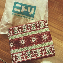 セール品/クリスマスカラー/ノルディック柄/クリスマスインテリア/テーブルランナー/クリスマス2019/... ニトリでクリスマスグッズが 20%オフで…