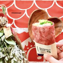 スターバックスコーヒー/スターバックス/スタバ/サンドイッチ/スタバ新商品/スタバ好き/... スタバで珍しい色をした サラダラップを発…(1枚目)
