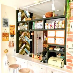原状回復/壁紙リメイク/カフェ風インテリア/キッチンカウンター/リメイクシート/ヘリンボーン/... ハロウィン仕様のキッチンカウンターです。…