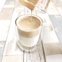 カフェ風/カフェタイム/おうちカフェ/スターバックスコーヒー/ミルクフォーマー/ダイソー/... 最近ハマっているのが 自粛期間中話題にな…