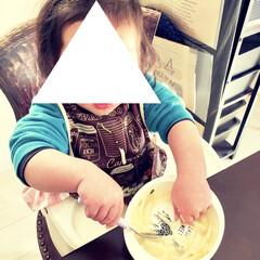 頑張れ/練習中/手づかみで食べる/スプーンで食べる/1歳/こどものいる暮らし/... 寒い冬は週1で鍋をします。  野菜やお肉…(1枚目)