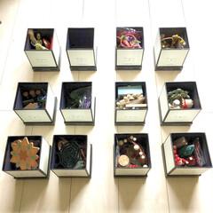 壁面雑貨/シンプルデザイン/モノトーン雑貨/ペーパーボックス/紙ボックス/雑貨収納/... 昨日から、細々した雑貨類の 収納アイデア…