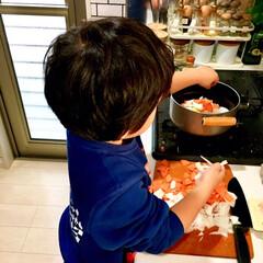 料理男子/親子で楽しく/クッキング/料理/お手伝い/手作り/... 週末は楽さと冷蔵庫整理を兼ねて 煮込み系…